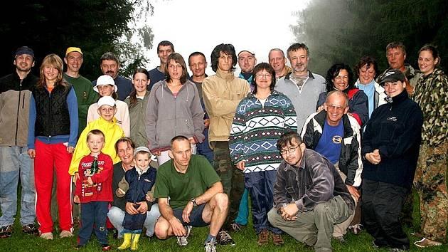 Společné foto všech účastníků srpnového orientačního odpoledne