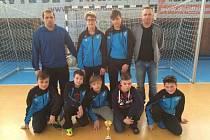 Tým mladších žáků Hvězdy Cheb vybojoval na turnaji  v domácím prostředí třetí místo za Sokolovem a Vršovicemi