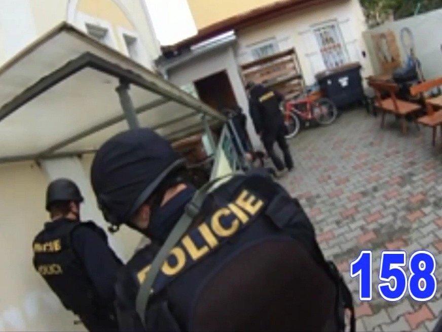 Policejní zásah.