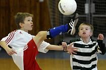 Mládežnický fotbalový turnaj 1+1=3 Nové cesty do Evropy, který se hrál v Chebu