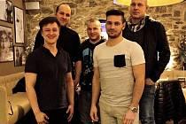 Za kampaní stojí především Jan Hamar, Aleš Strnad, Vojtěch Vaněk st.(zleva nahoře), Daniel Medek a Vojtěch Vaněk ml. (zleva dole).