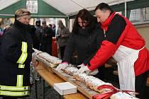 Na Vánočním setkání v Lubech nechyběla několikametrová štóla.