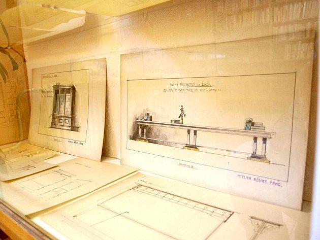 Chebská knihovna slaví 100 let od svého založení.