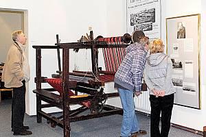 ČÁST výstavy s názvem ´Aš na stole a na zdi´ je věnována největšímu textilnímu výrobci v Aši Gustavu Geipelovi.