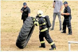 Ze soutěže hasičů.