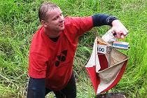 SKVĚLÉHO  výsledku dosáhl Miloš Kamaryt z Mariánskolázeňského orientačního klubu MLOK vítězstvím v oblastním žebříčku (na archívním snímku z loňských závodů v Jesenici).