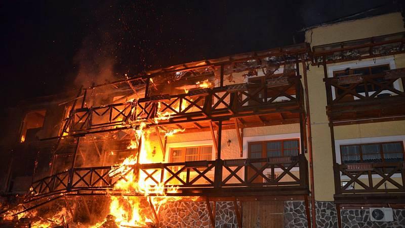 Požár hotelu Stein.
