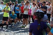 Již třetí ročník benefičního Poutního maratonu, který pořádala Farní charita Cheb, přilákal stovky sportuchtivých Chebanů.