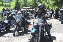 Rekordní počet motorkářů. To bylo tradiční Jarní brouzdání s duchy