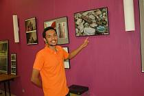 Desítkami fotografií od zahraničních studentů ožila část Kulturního centra Svoboda v Chebu.