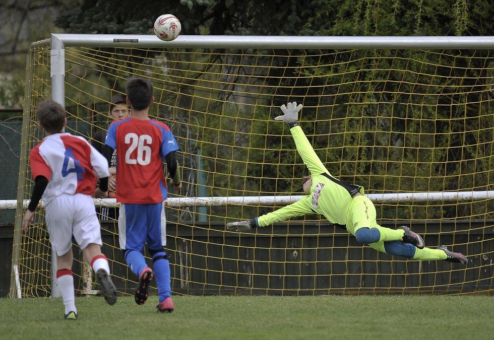 Jedenáctiletí fotbalisté bojovali ve Fr. Lázních