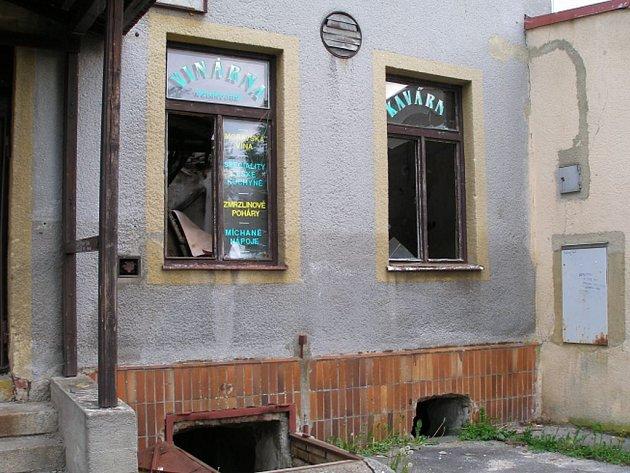 Z trosek restaurace Lidový dům ve Skalné budou byty