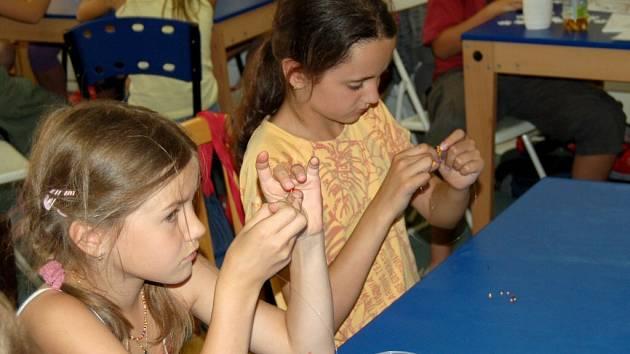 Děti si o prázdninách užívají v chebském muzeu
