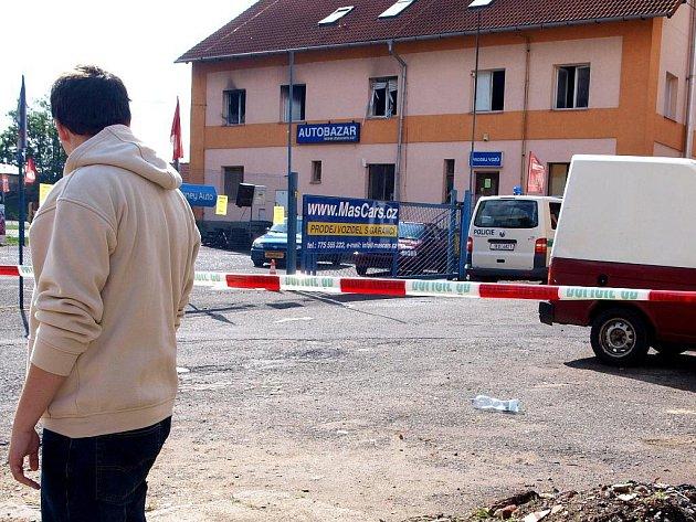 Stála za výbuchem výroba pervitinu? Byt v chebské Pivovarské ulici začal hořet v noci ze středy na čtvrtek. Kriminalisté v jedné místnosti našli chemikálie, které se používají k výrobě pervitinu.