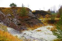 Vyhaslá sopka Železná hůrka u Mýtiny.