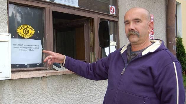 Zpráva o uzavření neurologického oddělení chebské nemocnice nenechala  chladným ani  Ondřeje Konišovského.  Podle něj budou mít problémy hlavně lidé na Ašsku.