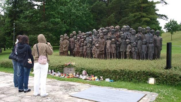 Cesta chebských studentů do Lidic, Terezína a Prahy