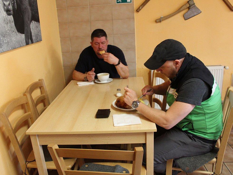 Hostům se otevřely i vnitřní prostory Masného krámu Krkovička ve Wolkerově ulici v Chebu.