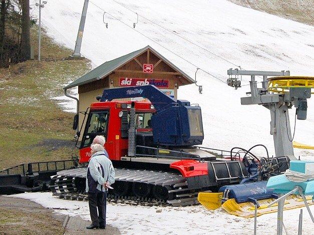 Mariánskolázeňská sjezdovka byla už 5. března bez sněhu