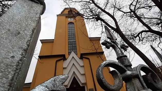 Františkovy Lázně jsou město v okrese Cheb v Karlovarském kraji, 5 km severně od Chebu.