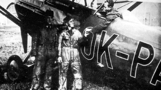 Stíhací letoun Škoda D-1 OK-PAB Četnické letecké hlídky Cheb
