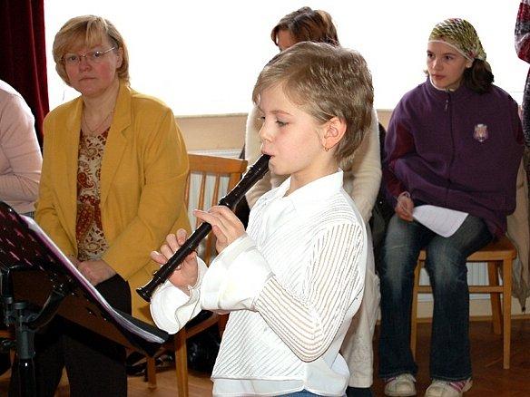 Do finále soutěže mladých flétnistů postoupila Barbora Prokopová z Chebu