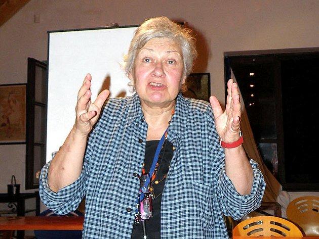 Filmová dokumentaristka Kristina Vlachová loni navštívila Akademickou letní školu v Chebu.
