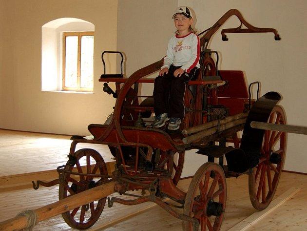 Jeden z exponátů hasičského muzea ve Skalné