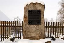 Opravený pomník v Milhostově