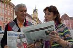 DÍKY SKVĚLÉ ZNALOSTI ČEŠTINY si početla Elena Feščenko i v Chebském deníku. O dění Na Chebsku pak dokázala zvídavě diskutovat.