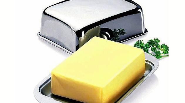 Kvůli strachu z testování na hranicích vyrazili Češi za nákupy do Německa. Nejžádanější potravinou se stalo máslo.