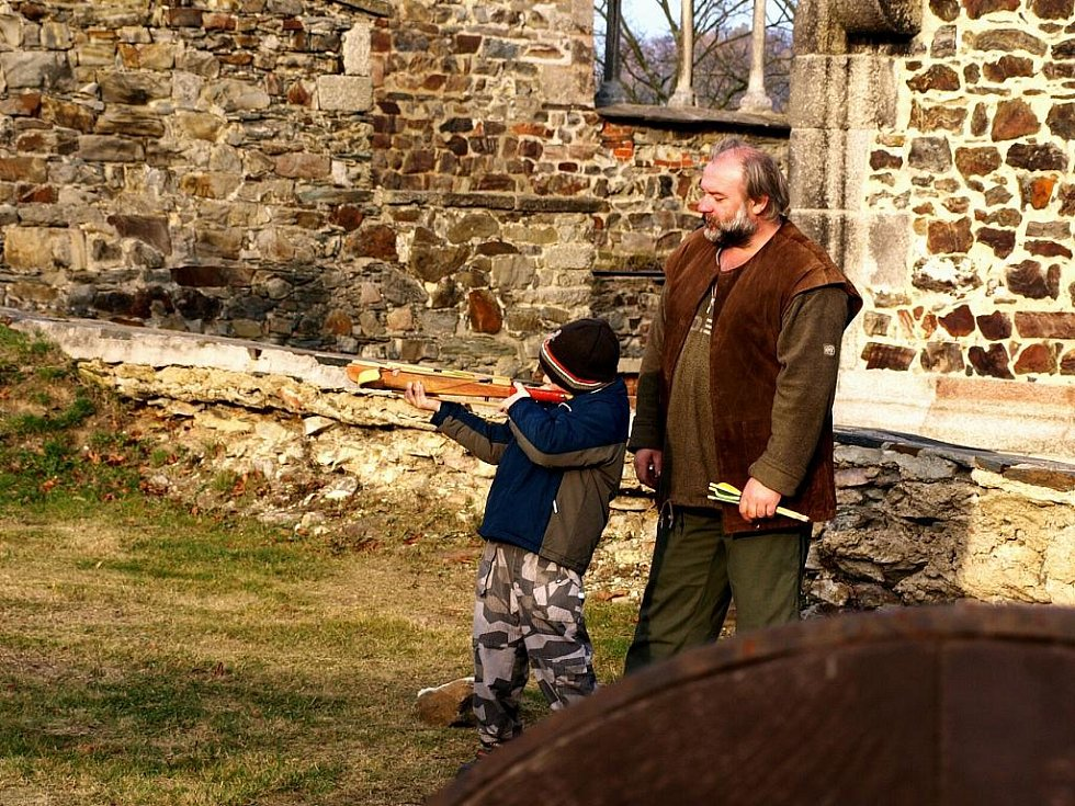Zavírání Chebského hradu.