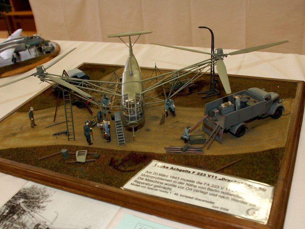 VIII. ročník Vojtova memoriálu v Chebu. Dioráma s vrtulníkem Focke Achgelis FA 223 Drache