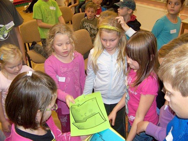 Další z oblíbených nocovek se uskutečnila z pátku na sobotu v Domě dětí a mládeže Sova Cheb.