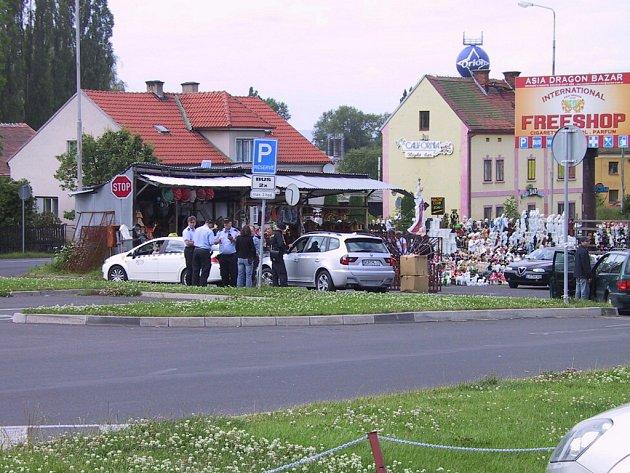 Cizinecká policie provedla v sobotu 20. června na Chebsku akci, při které zkontrolovala 643 cizinců
