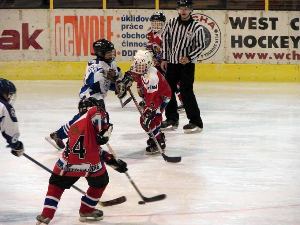 Hokejový turnaj žáků šestých tříd v Mariánských Lázních  Mariánské Lázně - Teplice