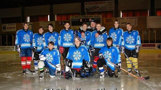 Hokejový turnaj žáků šestých tříd v Mariánských Lázních - vítěz turnaje TJ Stadion Cheb