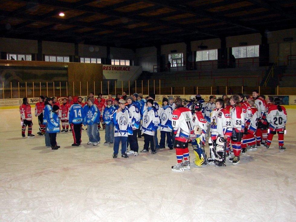 Hokejový turnaj žáků šestých tříd v Mariánských Lázních - vyhlášení výsledků
