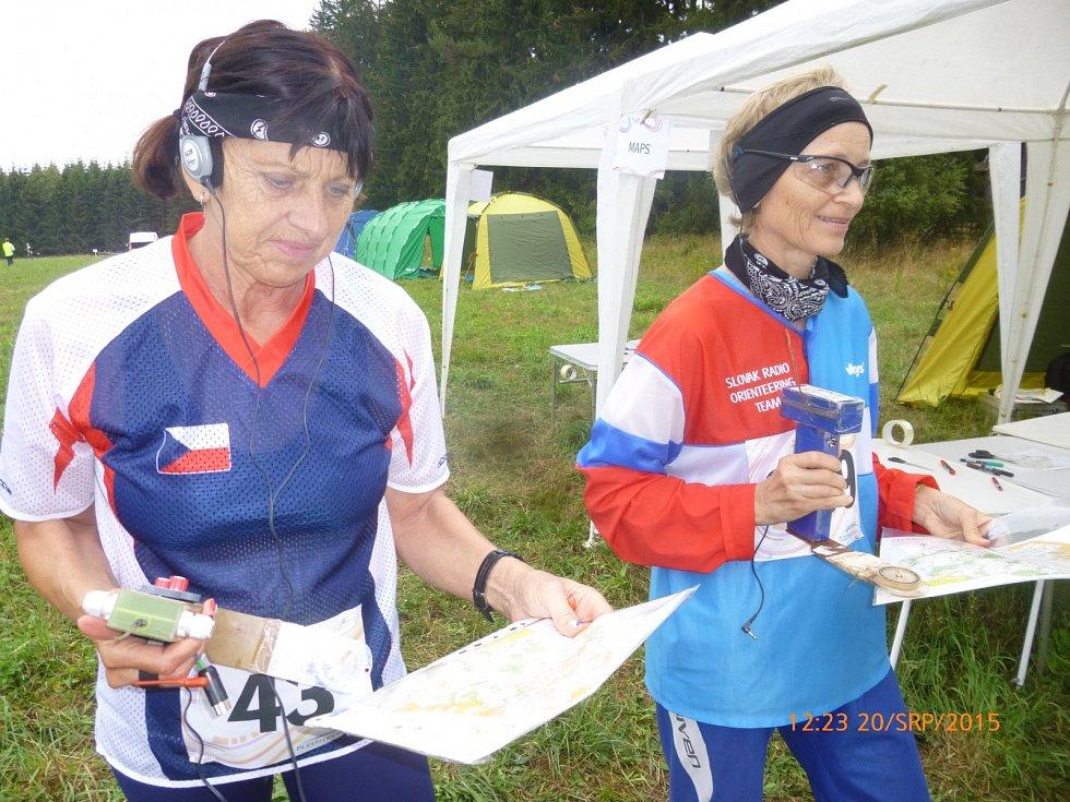 Blanka Adámková na stupních jako vítězka sprintu