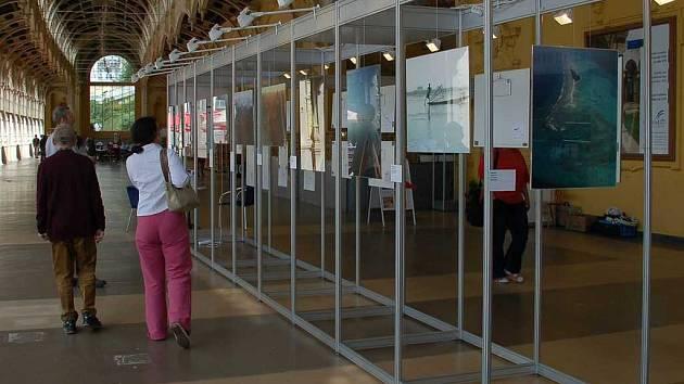 Výstava digitálních obrazů Petra Žůrka na mariánskolázeňské kolonádě