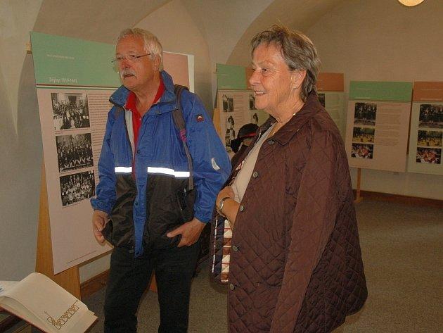 Výstava nejen fotografií k výročí 100 let Egerländer Gmoi (spolek bývalých Chebanů, poznámka redakce) se nyní odehrává v Chebu.