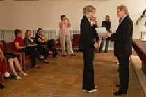 Slavnostní předávání certifikátů na chebské radnici