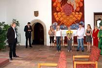 Setkání chebského starosty Jana Svobody a dětí z Nižního Tagilu, které trávily letní prázdniny na táboře v Sorkově