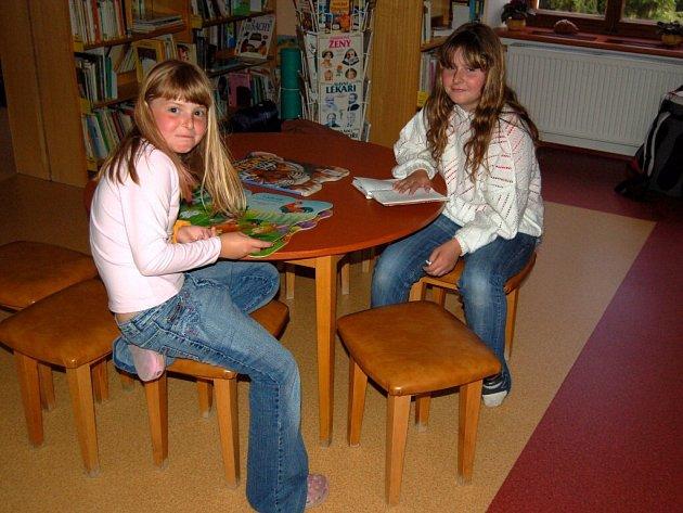 Tři desítky dětí si přišly užít knihovnickou noc v městské knihovně ve Františkových Lázních