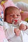NATÁLIE KUKLÍKOVÁ si poprvé prohlédla svět v pátek 8. dubna v 17.02 hodin. Při narození vážila 3 300 gramů a měřila 50 centimetrů. Z malé Natálky se raduje doma v Nebanicích sestřička Adélka spolu s maminkou Pavlou a tatínkem Milanem.