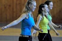 Ve skalenské hale se utkala děvčata v soutěži v aerobiku