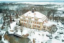 Královské Poříčí je šachta, ale i hornická a vesnická památková architektura.