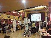 V Chebu se uskutečnil veletrh pracovních příležitostí.