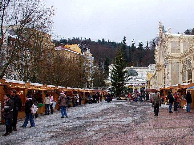 Vánoční trhy u mariánskolázeňské kolonády