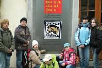 Chebské děti se vypravily na prohlídku pražské zoologické zahrady